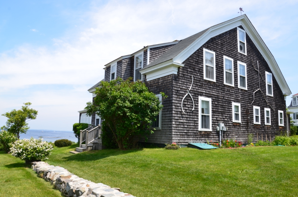 Eight Staples Details Vacation Rentals In Biddeford Pool Fortunes Rocks Hills Beach And Granite Point Maine