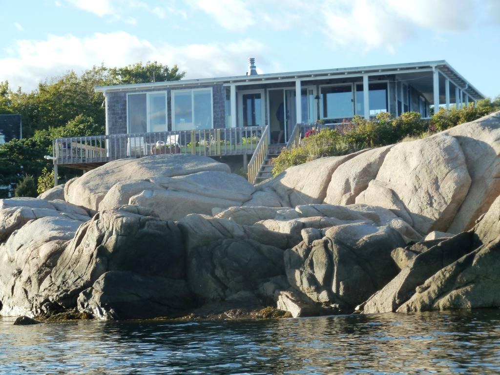Barnacle Details Vacation Rentals In Biddeford Pool Fortunes Rocks Hills Beach And Granite Point Maine